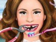 Violetta la medicul Dentist