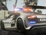Parcheaza masina politiei