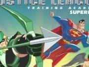 Superman lupte la Academia de antranement