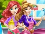 Printesa Belle si Ariel Spala masina