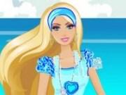 Barbie face curatenie pe plaja