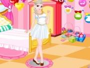 Elsa dress-up