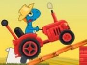 Gizmo cursa cu tractorul