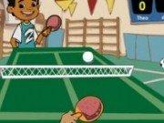 Maya si Miguel joaca Ping Pong