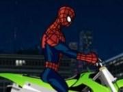 Cascadorii Spiderman cu motorul